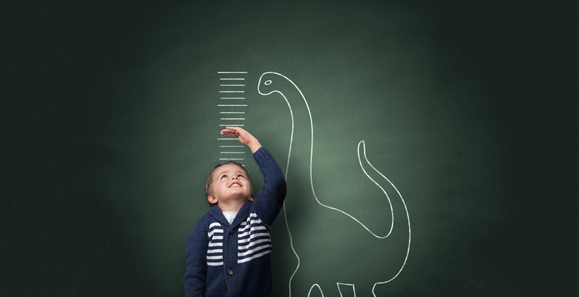 Jak wspomóc prawidłowy rozwój kości i zębów u dziecka? Sprawdź najlepsze sposoby na zdrowe i mocne kości u dzieci i niemowląt.