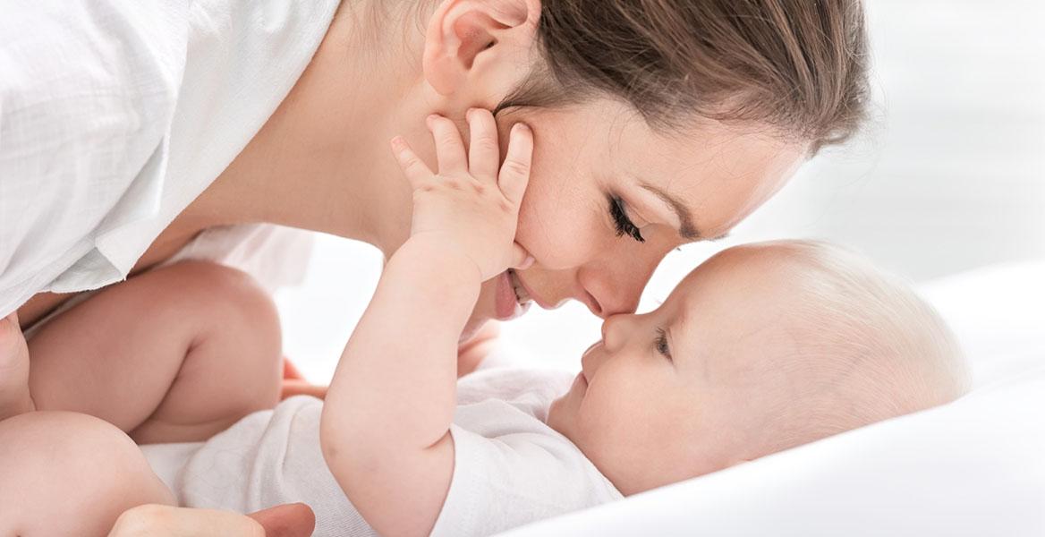 Probiotyki dla kobiet w ciąży wspierają mikrobiom matki i dziecka.